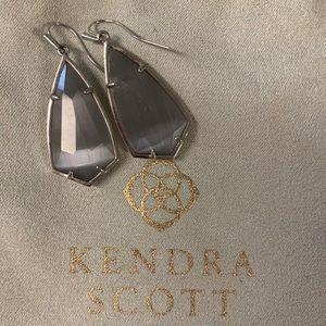 Kendra Scott Earrings!!